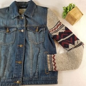 F21 Size S Denim Jacket with Sweater Sleeves 3004
